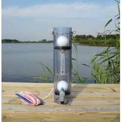 Přístroj na odběr vzorků vody z požadované hloubky